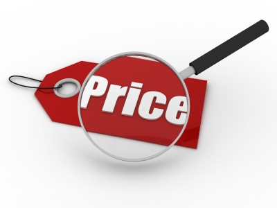Price your boat strategically to attract the boat shoppers.